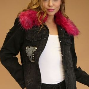 ⭐️PLUS SIZE JEAN DISTRESSED JACKET REMOVABLE FUR